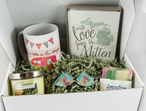 The Mitten Adventure Subscription box- Unboxing!